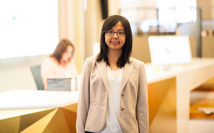 Carlson School Master of Science in Business Analytics alum Mia Wang